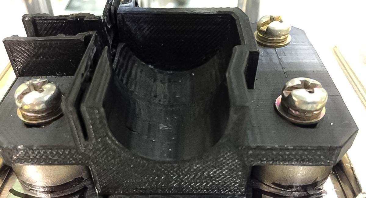 3Dプリンタで作成された治具