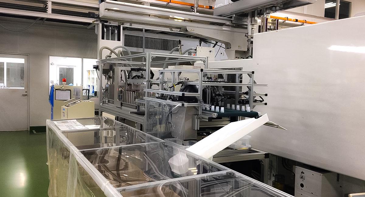 スパウト生産機械